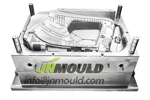 Auto door mold manufacturer in China